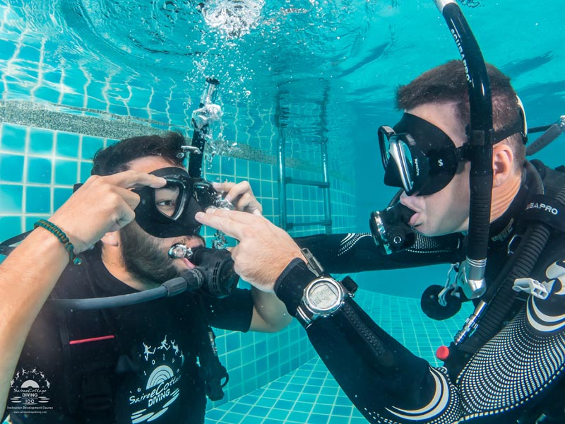 PADI Mask Removal Is Easier Then Fully Flooded Mask