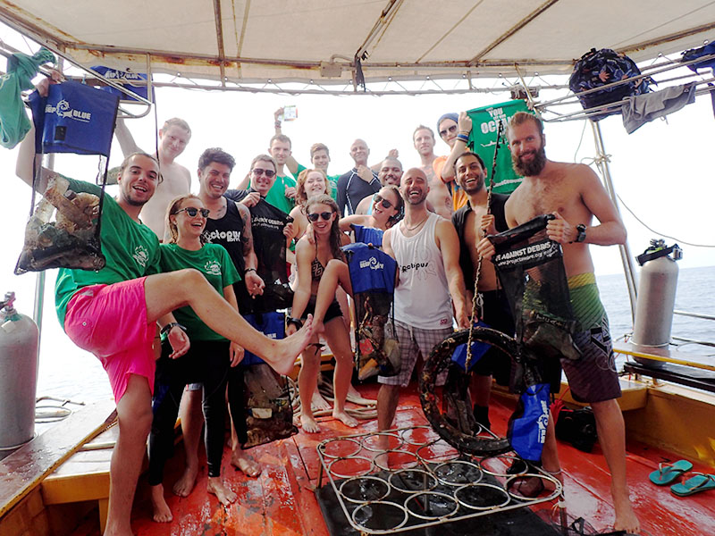 Eco Day with IDC and Divemaster Candidates
