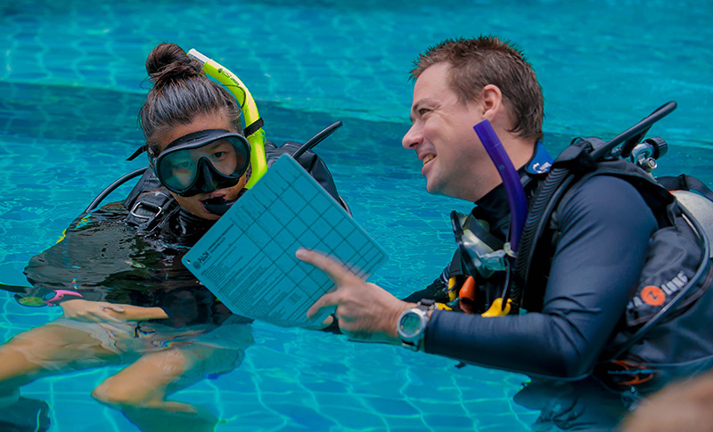 Working Diving Instructor Evaluation